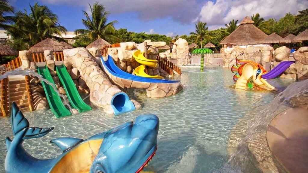 Parque aquático infantil do Sandos Caracol Riviera em Cancún