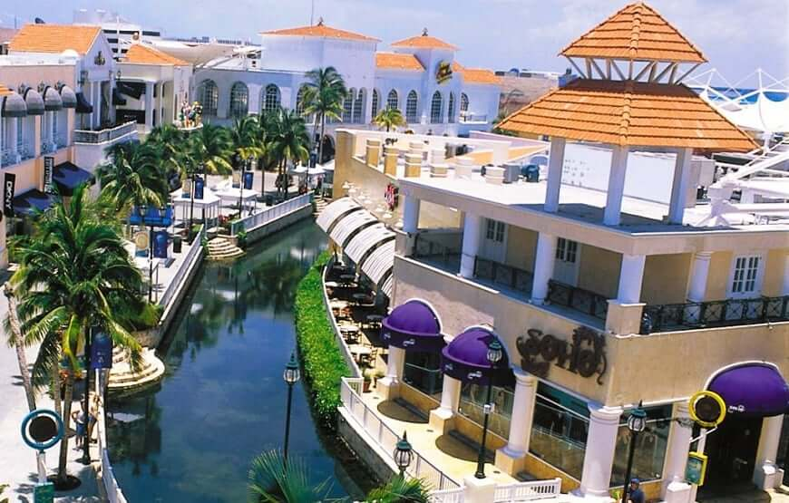 Passeio no Shopping La Isla em Cancún