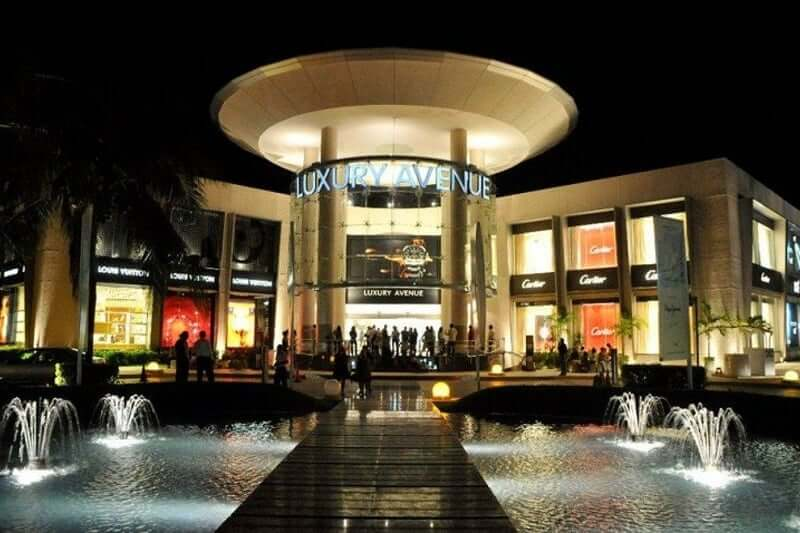 Luxury Avenue no Shopping Plaza Kukulcan em Cancún