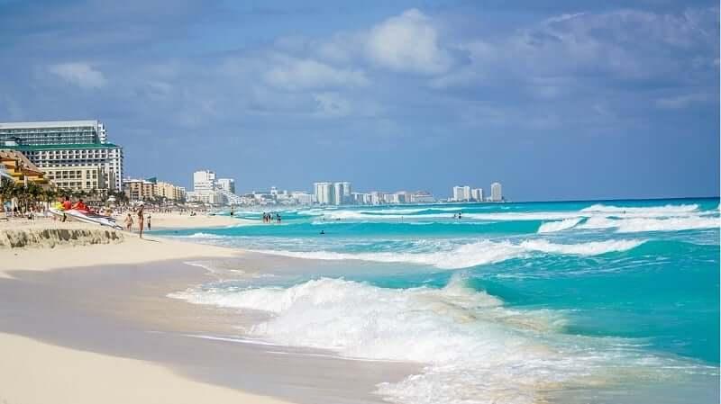 Praias no verão em Cancún