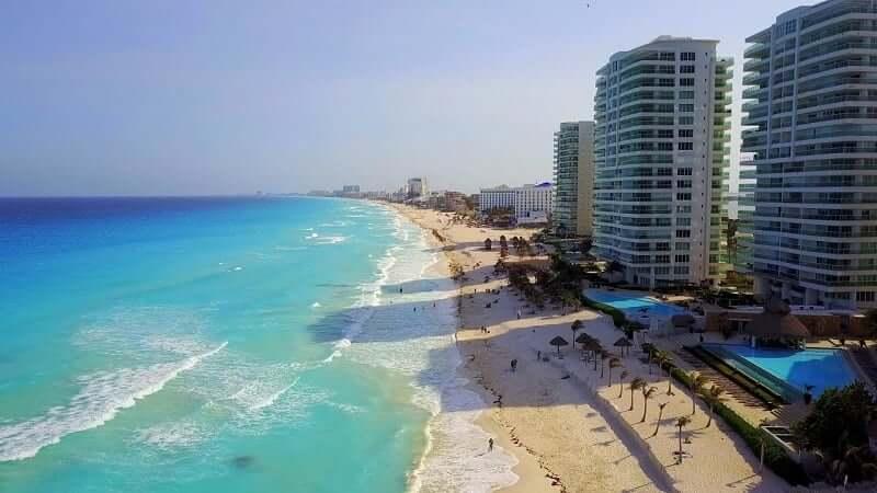 O que fazer e encontrar na praia Chac Mool em Cancún