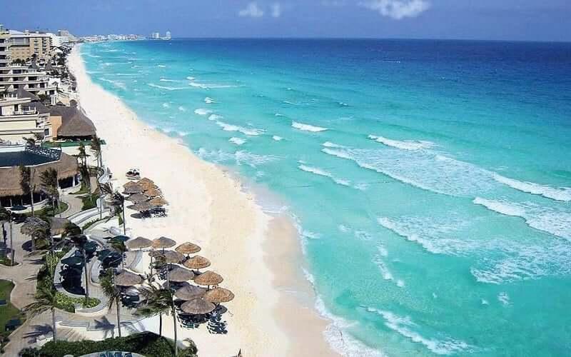 Playa Chac Mool em Cancún