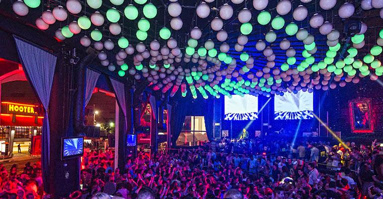 Balada Coco Bongo no Ano Novo em Cancún